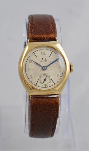 1936 Omega 9K Gold Wristwatch (1 of 1)
