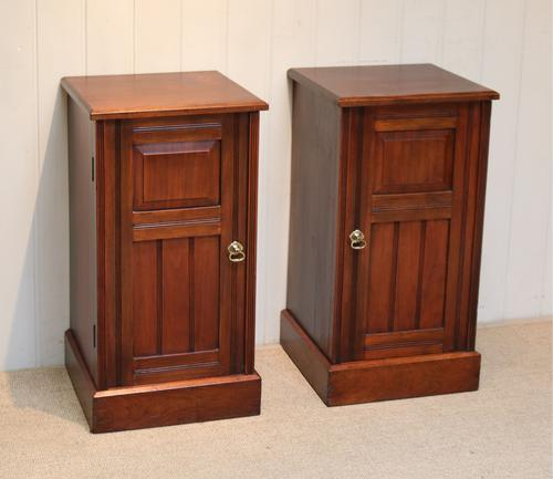Pair of Walnut Bedside Cabinets c.1910 (1 of 8)