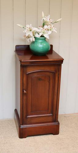 Victorian Mahogany Pot Cupboard, English c.1890 (1 of 1)