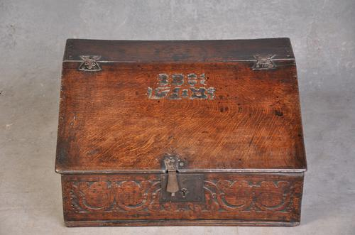 Early 18th Century Dated Oak Box (1 of 8)