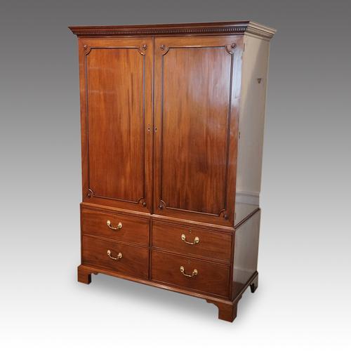 George III Mahogany Cupboard Press (1 of 12)