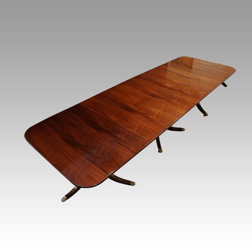 Regency Style Mahogany 3 Pillar Dining Table (1 of 11)