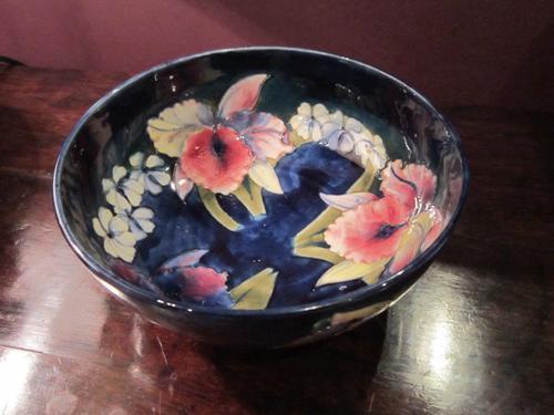 Moorcroft Slipper Orchid on Blue Bowl (1 of 1)