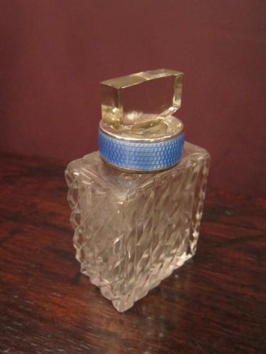 High Quality Edwardian Silver Enamel Collar Scent (1 of 1)