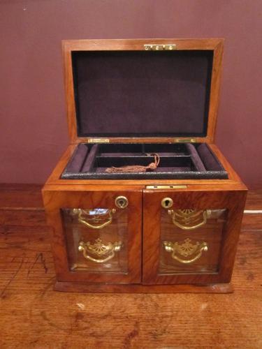Superb Victorian Walnut Jewellery Box (1 of 1)