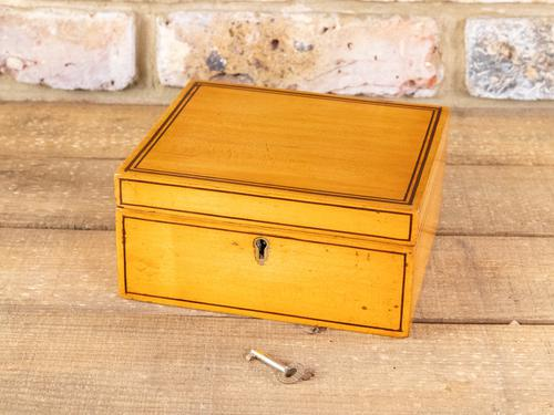 Satinwood Table Box c.1860 (1 of 8)
