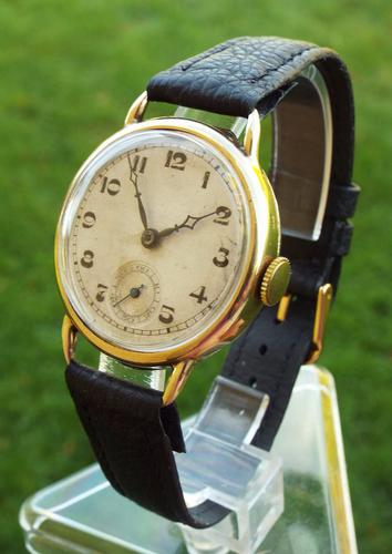 Gents 9ct Gold Wrist Watch, 1933 (1 of 1)