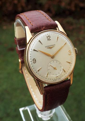 Gents 9ct Gold Longines Wrist Watch, 1955 (1 of 1)