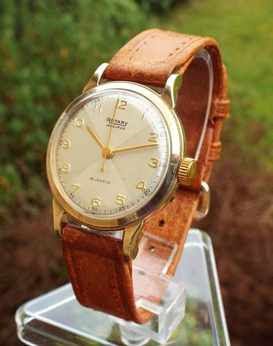 Gents 9 Carat Gold Rotary Maximus Watch, 1953 (1 of 1)