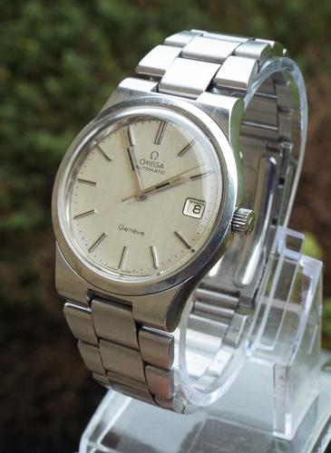 Gents Omega Genève Automatic Wrist Watch, 1974 (1 of 1)