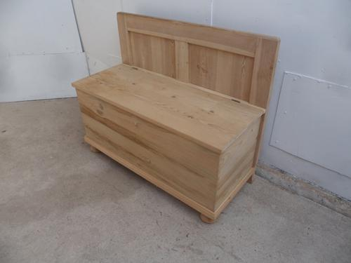 Small Antique Pine 2 Seater Hall Box / Settle / Bench (1 of 9)