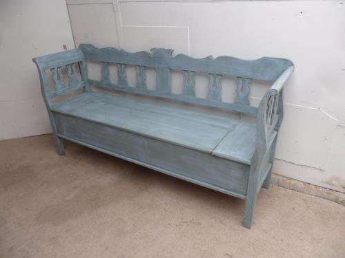 Really Pretty Pine Painted Blue / Green Shabby Chic Box Settle / Bench c.1920 (1 of 1)
