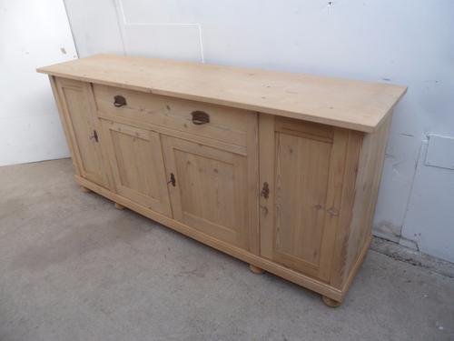 Cracking Large 4 Door 1 Drawer Old Pine Kitchen Dresser Base to wax / paint (1 of 1)