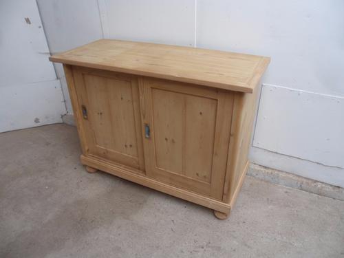 Mint Clean Pine 2 Sliding Door Kitchen Storage Cupboard to wax / paint (1 of 1)