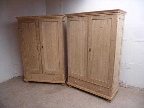 Mint Clean Pair of Cottage Style Low Old Pine Knockdown Wardrobes (1 of 1)