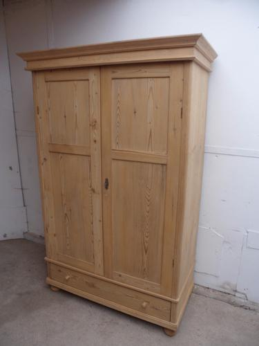 Classic Extra Deep Old Pine Rounded Edge Knockdown Wardrobe (1 of 1)