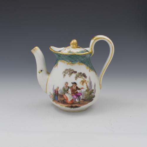 Pretty 19th Century Meissen Porcelain Small Teapot & Cover (1 of 15)