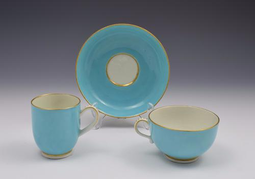 First Period Worcester Giles Decorated Celeste Bleu Cup & Saucer Trio (1 of 11)