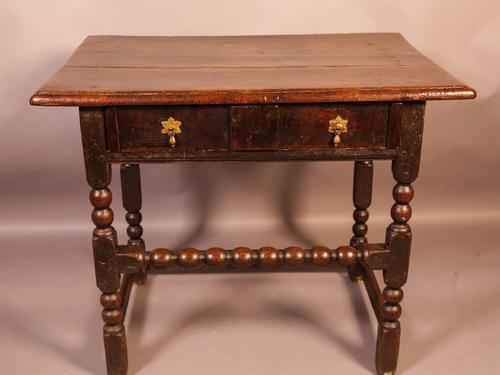 17th Century Side Table in Oak Fantastic Colour (1 of 16)