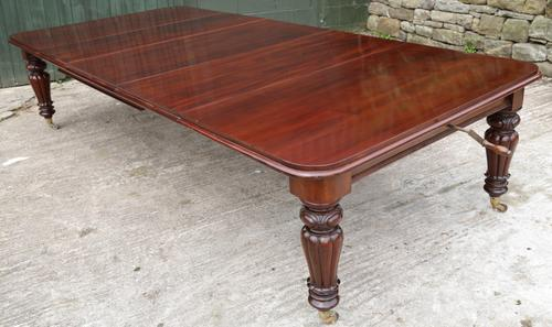 Early Victorian Mahogany Wind Out Extending Dining Table Seats 12 (1 of 4)