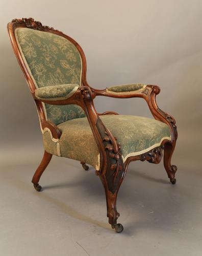 Victorian Walnut Gentleman's Open Armchair (1 of 1)
