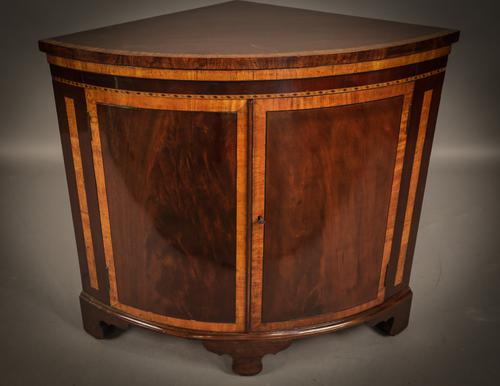 Georgian Bow Front Corner Cabinet c.1780 (1 of 1)
