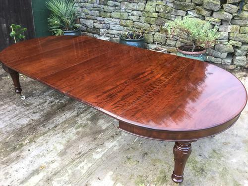 Victorian Mahogany Extending Dining Table Seat 12 (1 of 1)