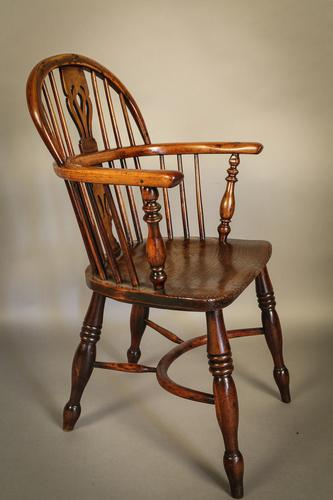 Yew Wood Low Windsor Rockley Maker c.1840 (1 of 1)