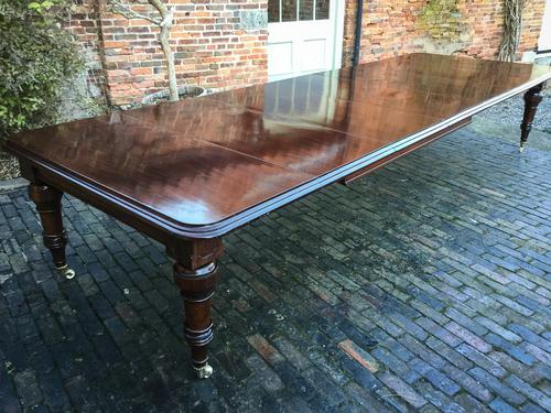 Large Victorian 5 Leaf Extending Dining Table Seat 16 (1 of 1)