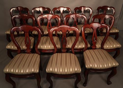 Set of 12 Victorian Mahogany Spear Point Balloon Back Dining Chairs (1 of 1)