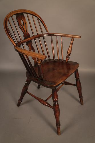 Low Windsor Chair Ash & Elm c.1850 (1 of 1)