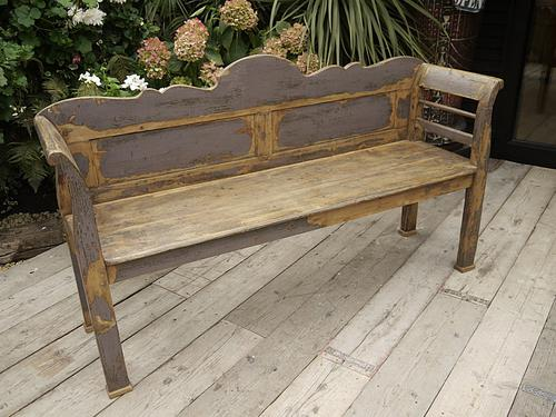 Fantastic! Victorian Antique Pine & Painted (Old Paint) Shabby Chic Bench / Settle (1 of 1)