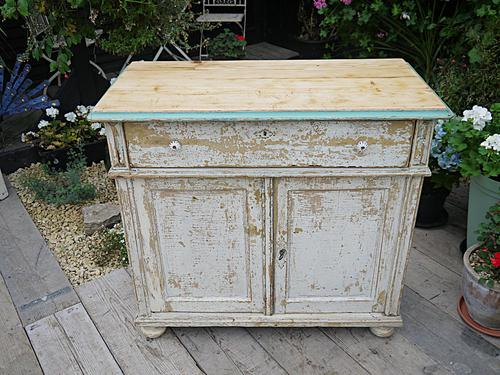 Lovely Old Victorian Pine & Painted Dresser Base Sideboard / Cupboard Shabby Chic (1 of 1)