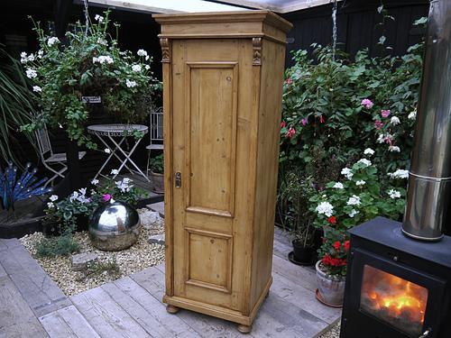 Pretty & Old Antique Pine Tall Slim Linen / Larder / Food Cupboard (1 of 1)