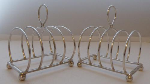Pair of 1912 Solid Hallmarked Silver Toast Racks William Hutton 96.4g (1 of 9)