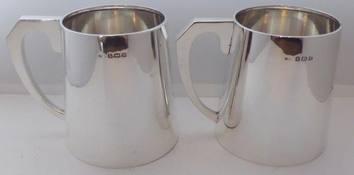 Pair 1937 Hallmarked Solid Silver 1/2 Pint Tankards Tankard Christening Mug (1 of 10)