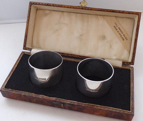 Boxed Pair Hallmarked Solid Silver Napkin Rings Serviette Ring 1940s (1 of 1)