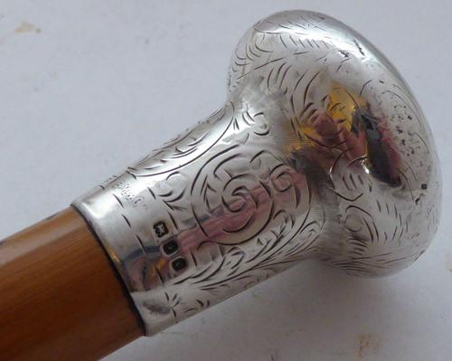 London 1920 Walking Stick Cane Hallmarked Solid Silver Pommel Bamboo Shaft (1 of 1)