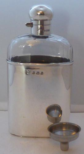Rare Mappin & Webb Solid 1907 Hallmarked Silver & Facet Glass Hip Flask (1 of 1)