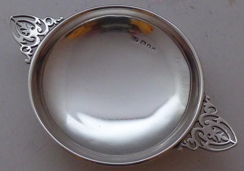 London 1920 Hallmarked Solid Silver Wine Taster Quaich Taste De Vin (1 of 1)