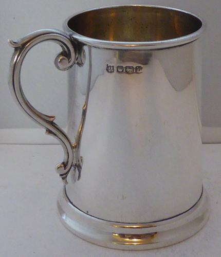 Sheffield 1919 Hallmarked Solid Silver Christening Mug Tankard J&W Deakin (1 of 1)