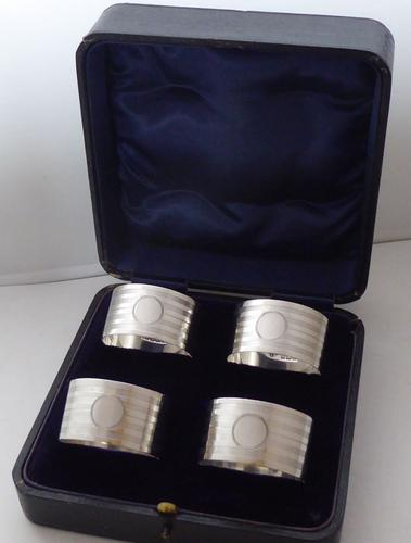 Boxed Set of 4 Art Deco 1938 Hallmarked Solid Silver Napkin Rings Serviette Ring (1 of 1)