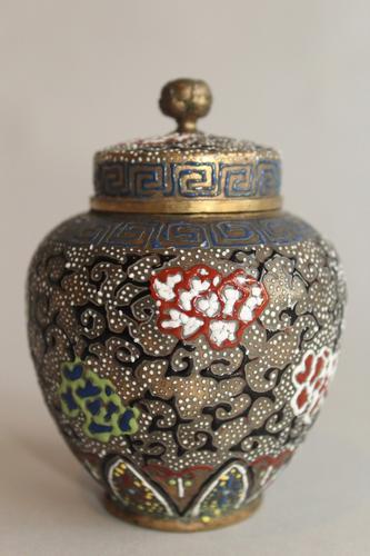 Antique Japanese Enamelled Vase Meiji (1 of 8)