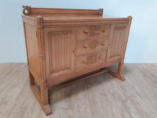 Bold & Impressive Oak Sideboard c.1920 (1 of 9)