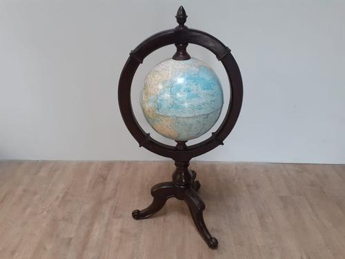 Globe on Stand (1 of 6)