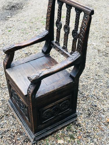 Rare & Unusual 17th Century Oak Box Settle / Monks Chair (1 of 1)