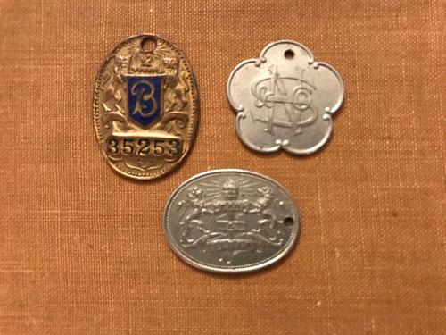 Rare Credit Token Charge Coin Advertising Department Store Key Tags (1 of 1)