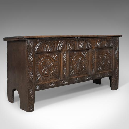 Antique Coffer, Early 18th Century Trunk, English Oak Sword Chest c.1700 (1 of 1)