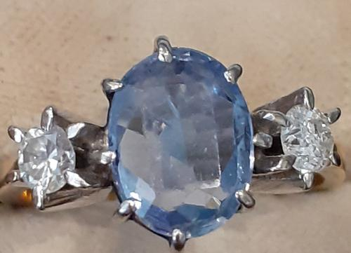Diamond and Sapphire Ring (1 of 5)