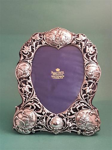 Beautiful Antique Edwardian Silver Frame with Cherubs (1 of 1)
